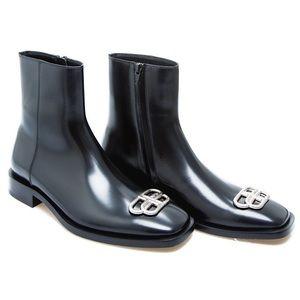 BALENCIAGA Smooth Leather BB Boots NWT